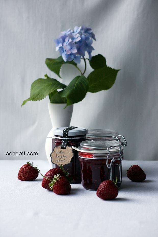 Hallon- och jordgubbssylt med lakrits
