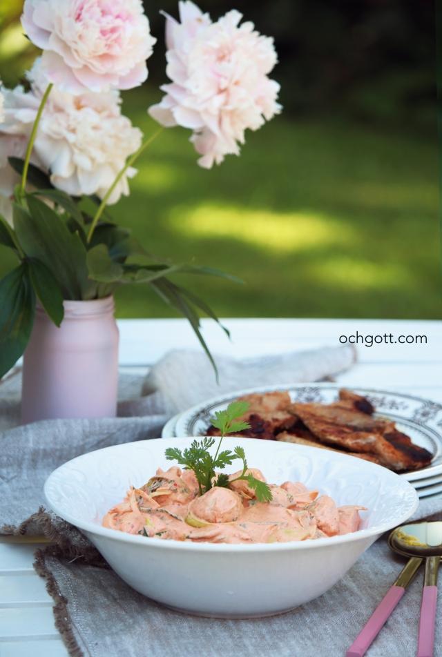 Potatissallad med rostad paprika - Foto: Britt-Marie Knutsson