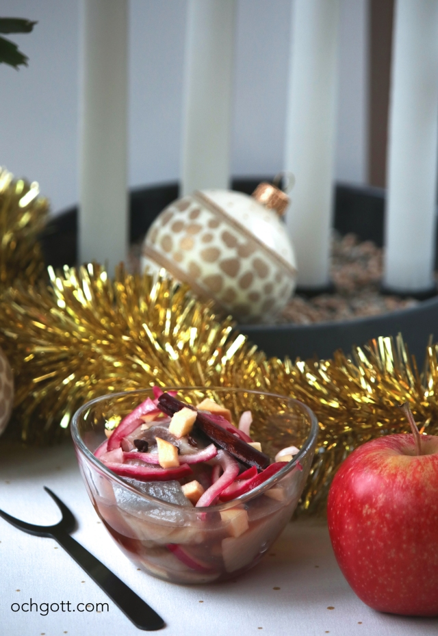 Äpple- och calvadossill med kanel - Foto: Britt-Marie Knutsson